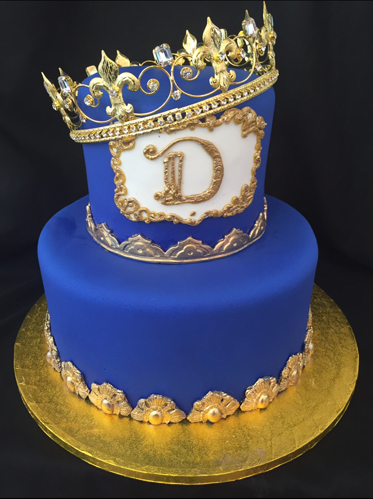 Cake With Crown On It : Specialty Cakes 4 Every Occasion Cupcakes & Cakes