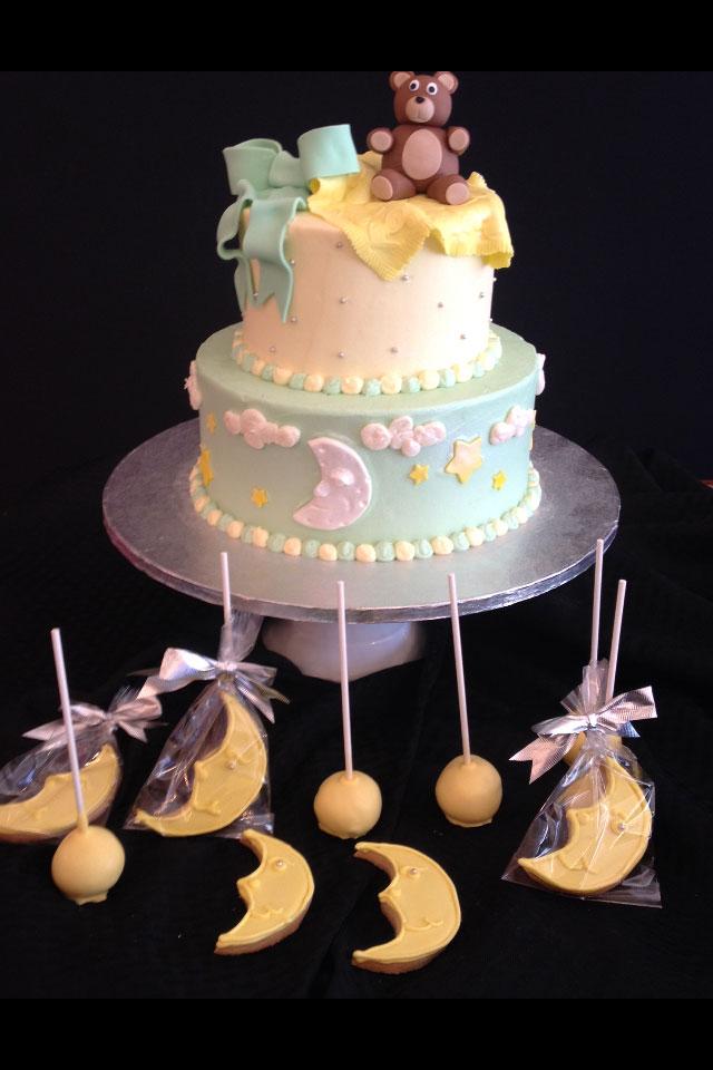 Baby On Moon Cake