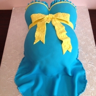 light-blue-pregnant-belly-babyshower-cake