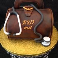 doctor-bag-cake